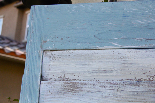 close up of beachy chic shutter headboard 2