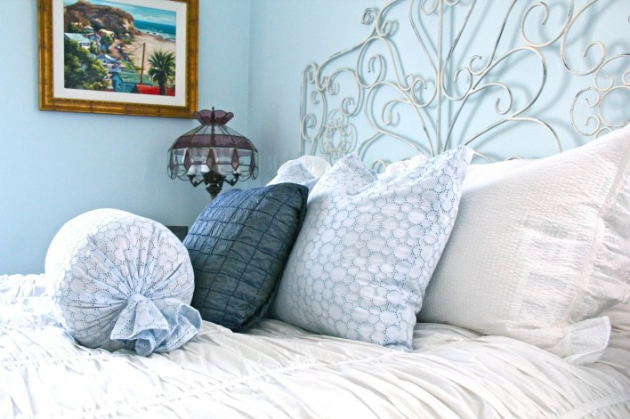 shabby chic room pillows