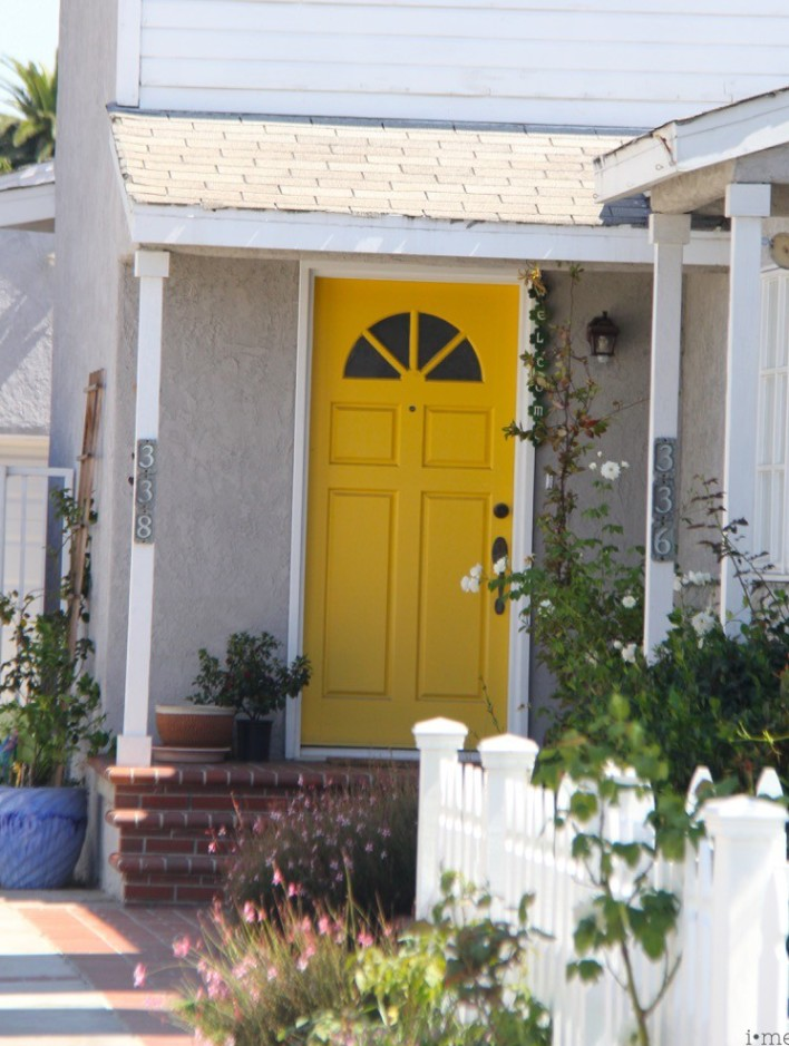 imeeshu — painting your front door a bright color
