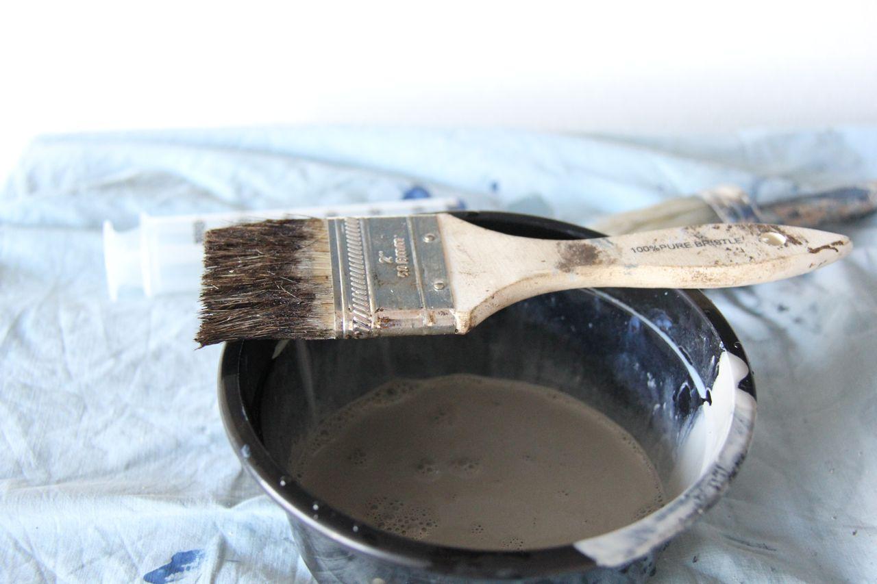 stiff brush and annie sloan french linen wash