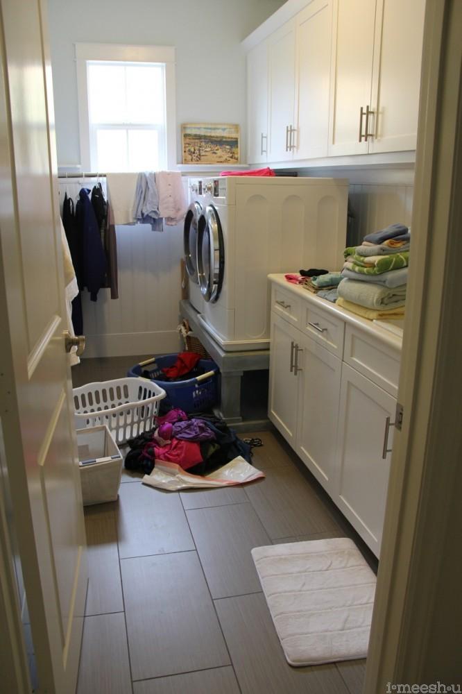 messy laundry room