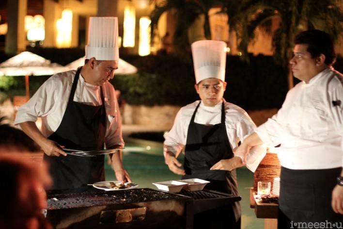 rosewood-mayakoba-chefs-poolside