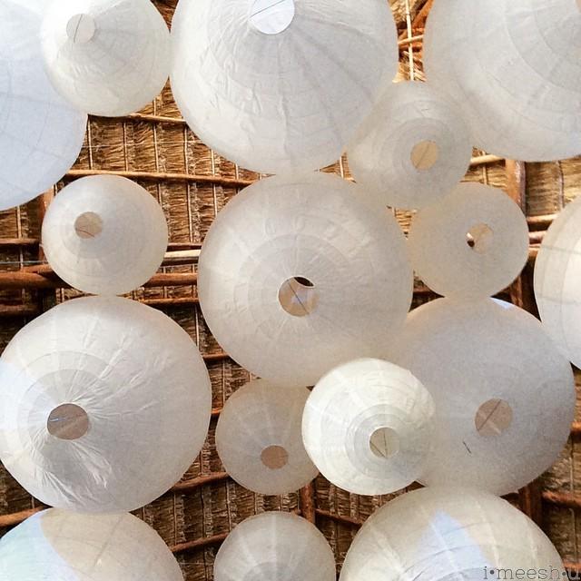 white-lanterns