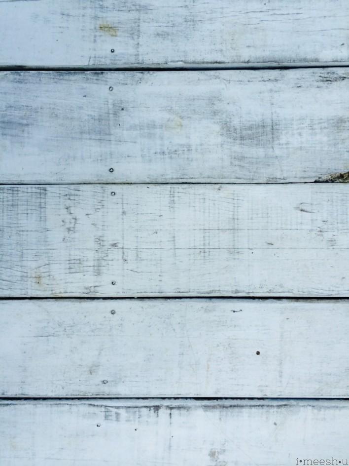 whitewash-distressed-wood-floor