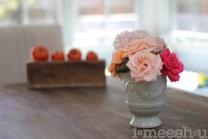 flowers-farm-style-table-setting