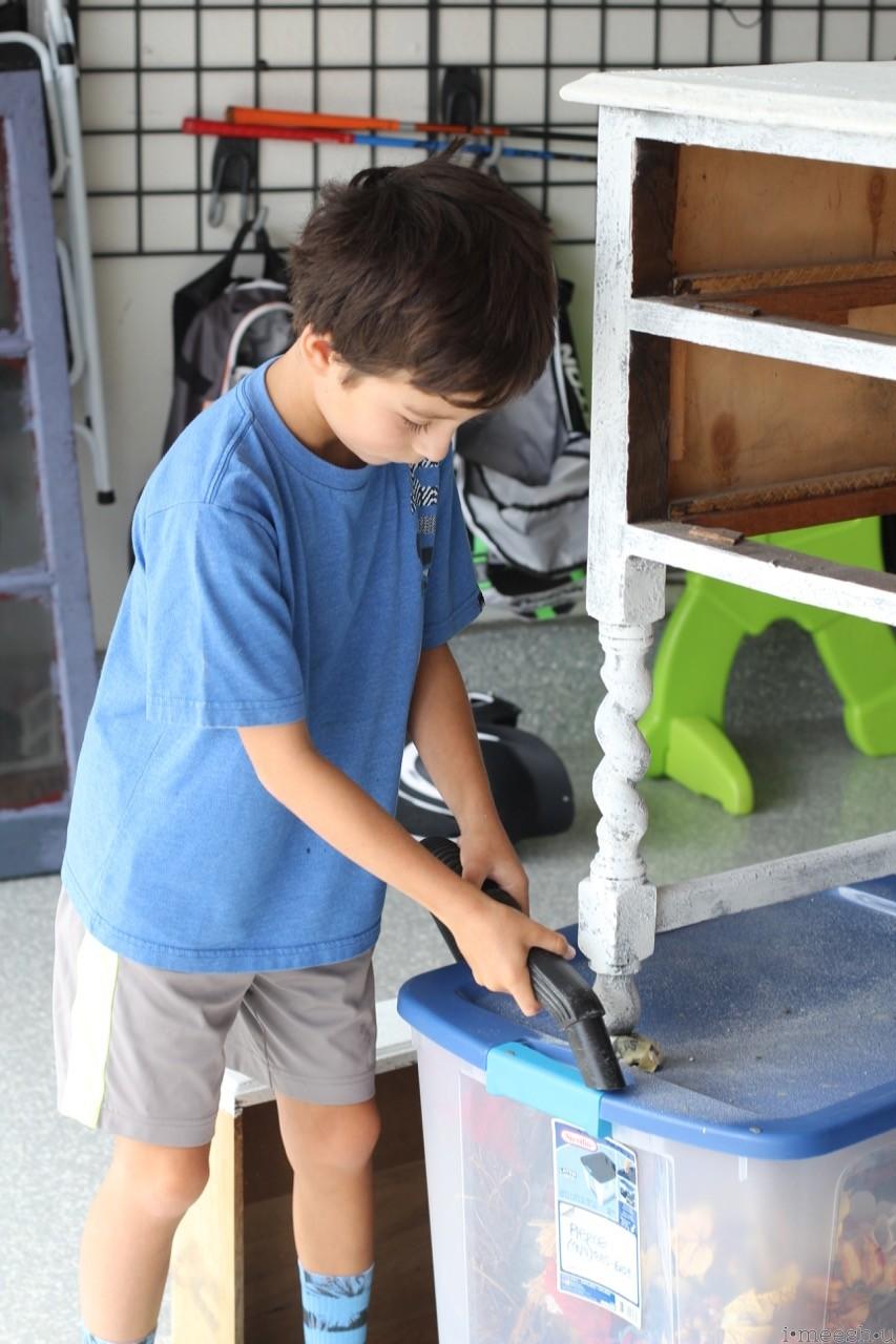 boy-vacuuming-diy-project-imeeshu